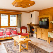 Chalet Charmille is a 'stand alone' chalet built with 3 layers and space for everyone.