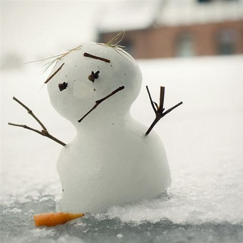 Sad Snowman Royalty Free Stock Photography - Image: 29122787 |Sad Melting Snowman
